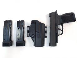 SIG Sauer P365XL, 9mm TACPAC 3 Magazines & Holster