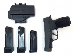 SIG Sauer P365XL Manual Safety, 9mm TACPAC 3 Magazines & Holster